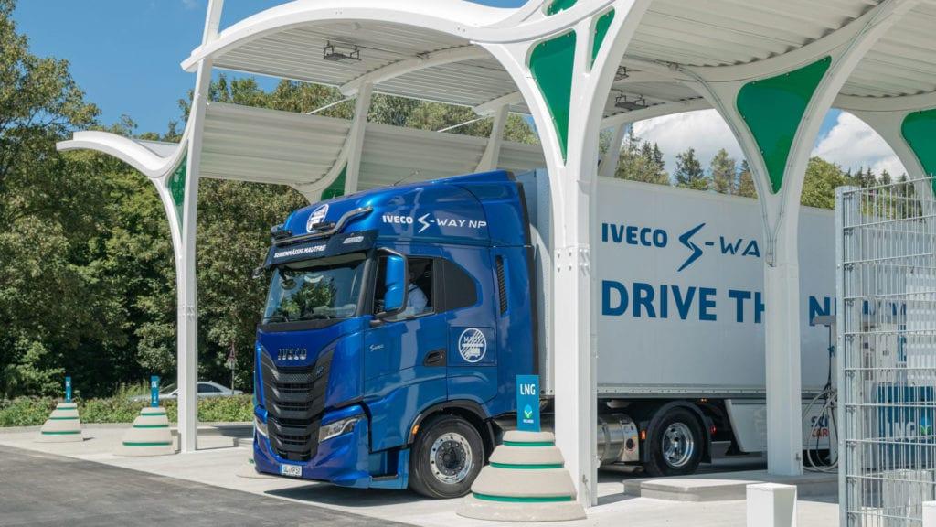 Rolande start pilot Bio-LNG met IVECO, Scania en Volvo